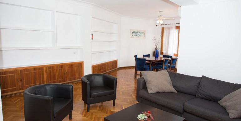 A doria Living room